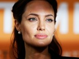 Анджелина Джоли рассказала, что 10 лет провела в страхе