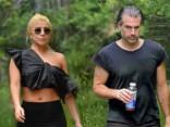ФОТО: Леди Гага, похоже, счастлива с новым бойфрендом