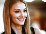 Светлана Ходченкова восхитила поклонников фотографиями в бикини