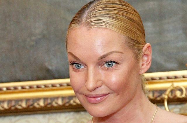 Анастасия Волочкова вКрыму снялась врекламном ролике обнажённой