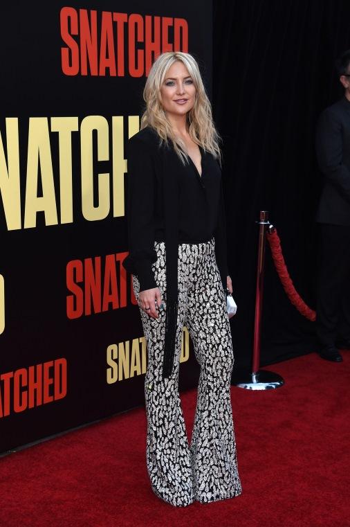 Кейт Хадсон на премьере фильма Snatched в Лос-Анджелесе