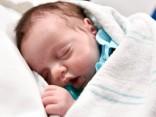 Рожденная дважды: девочку достали из живота мамы и вернули обратно