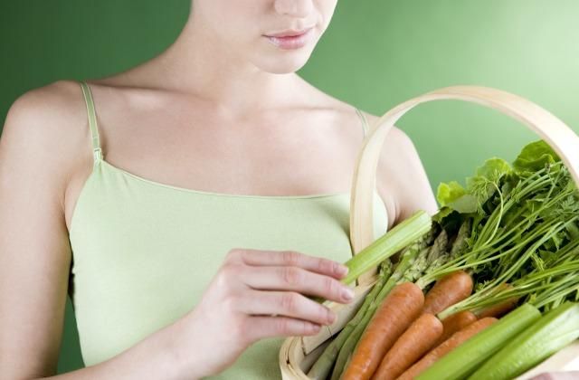 Морковный сок помогает вборьбе сраком