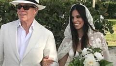 Дочь Томми Хилфигера вышла замуж в созданном отцом платье