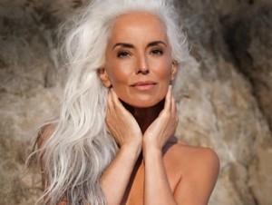 61-летняя модель Ясмина Росси
